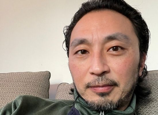 Jason Lam at home